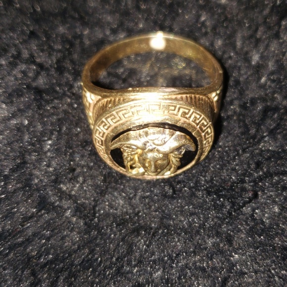 Versace Other - Gold ring